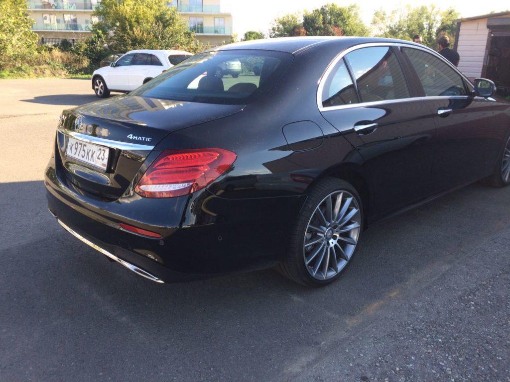 Mercedes E класс аренда в Сочи