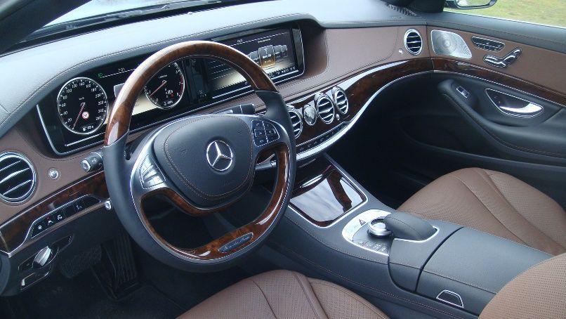 Аренда Mercedes S 222 с водителем в Сочи