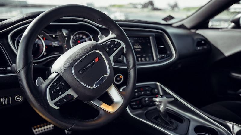 Аренда авто Dodge Challenger Сочи