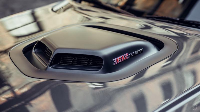 прокат авто Сочи Dodge Challenger